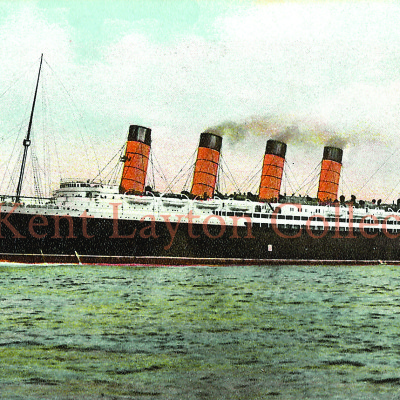 The ship begins to move forward. (J. Kent Layton Collection)