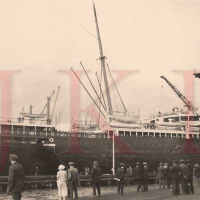 A very rare candid snapshot of Leviathan's stern at Southampton. (J. Kent Layton Collection)