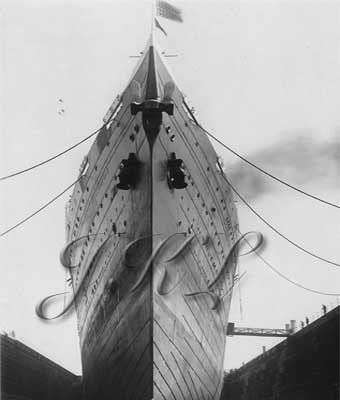 An impressive bow-on view while Leviathan catches her breath in Boston's South Drydock, 1924. (J. Kent Layton Collection)